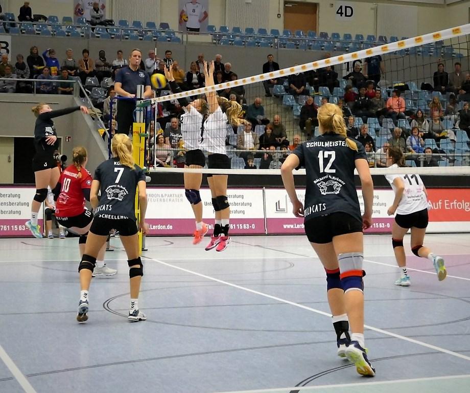 Volleyballerinnen starten mit einem Erfolg ins Jahr